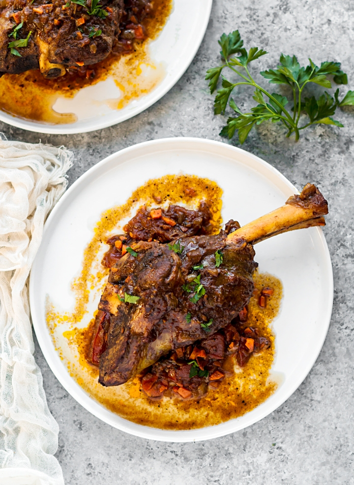 slow-cooked-lamb-shanks-01b.jpg