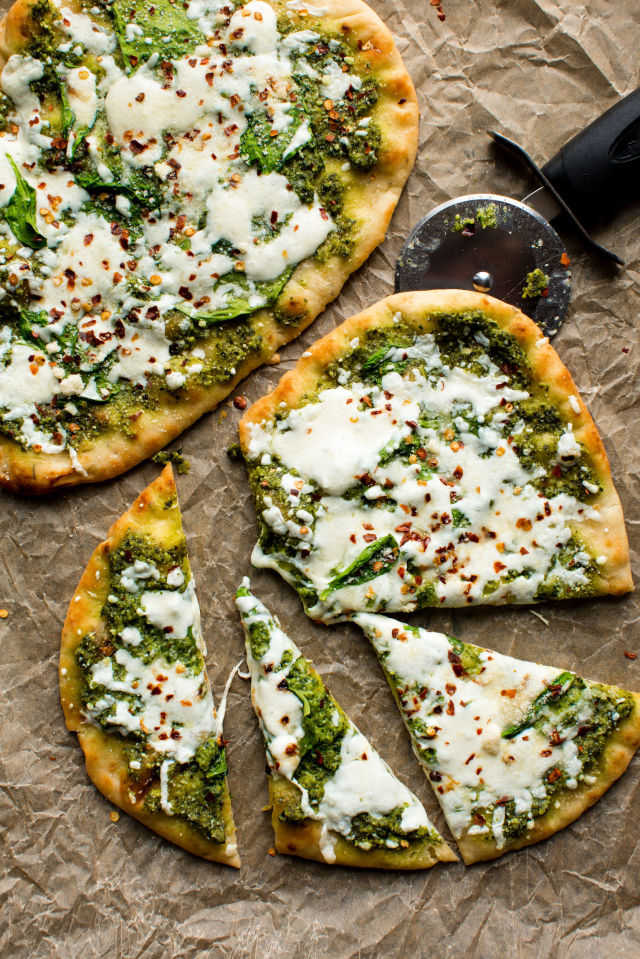 gallery-1496355886-spinach-pesto-mozzarella-flatbread.jpg
