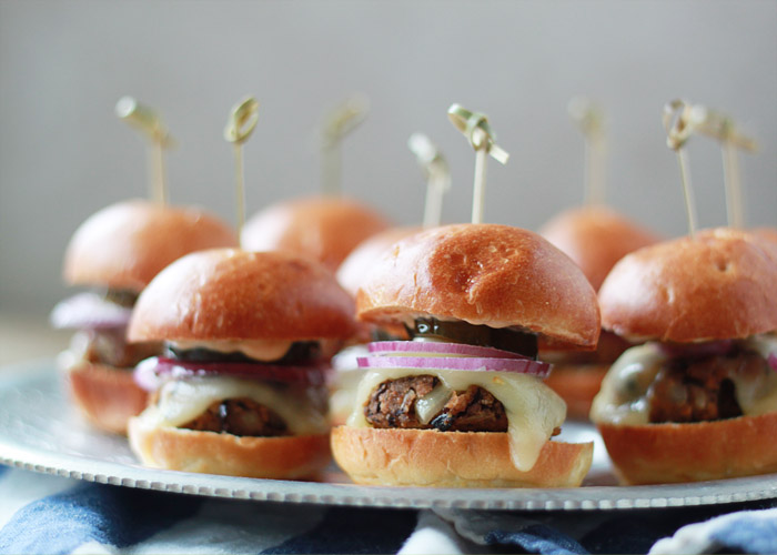 Spicy-Black-Bean-Sliders-with-Chipotle-Mayo-1.jpg