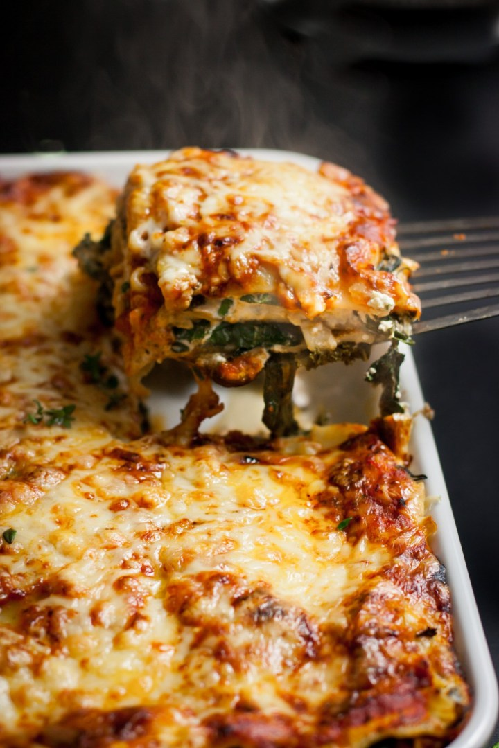 vegetarian-lasagna-with-spinach-mushrooms-3806.jpg