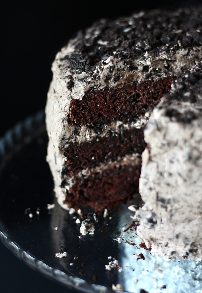 oreo-vegan-chocolate-cake.jpg