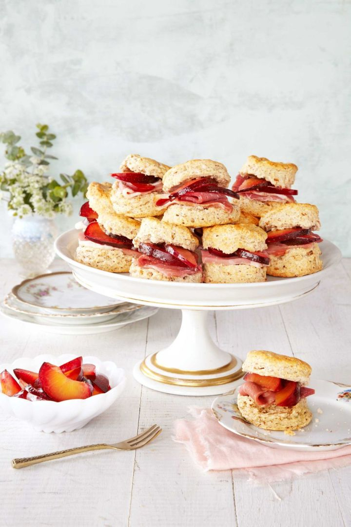 1462984232-clv-tea-sandwiches-0615.jpg