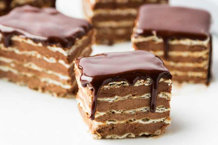 Non-featured-chocolate-matzo-layer-cake-recipe3.jpg