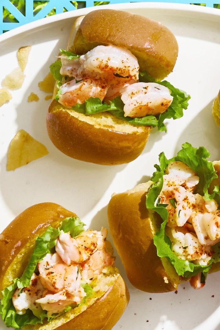 mini-shrimp-rolls-ghk-1529356847.jpg